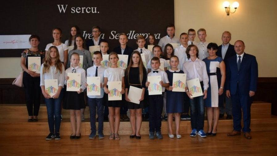STYPENDIA BURMISTRZA KROTOSZYNA  za I półrocze roku szkolnego 2018/2019 przyznane