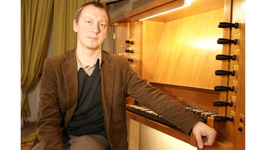 Tomasz Głuchowski zaprasza na ostatni tego lata koncert organowy w Krotoszynie
