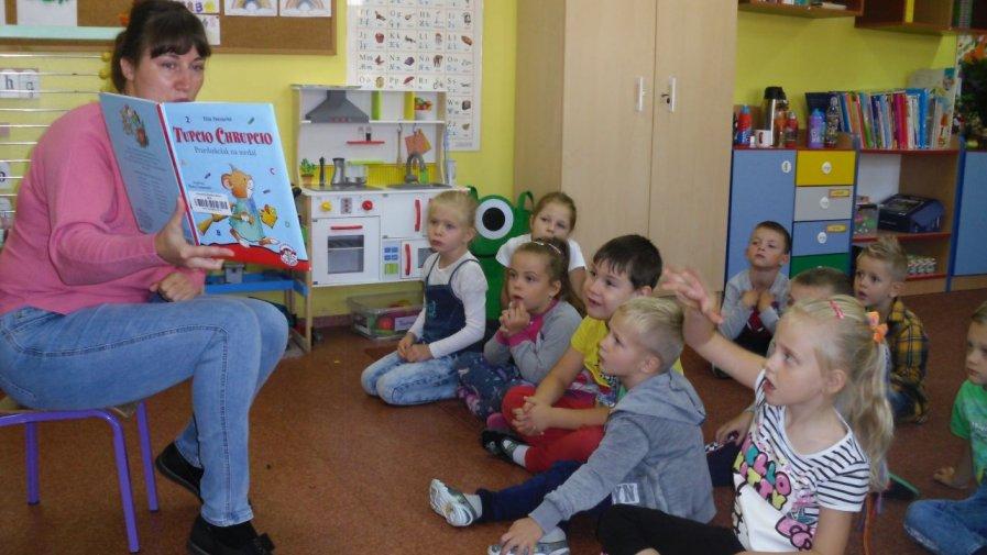 """""""Czytajmy razem"""" - spotkanie czytelnicze w Oddziale Przedszkolnym w Orpiszewie"""